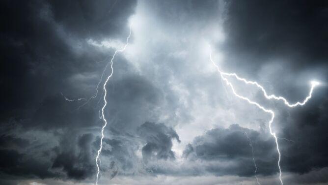 Pogoda na dziś: miejscami mogą pojawić się burze, do 14 stopni