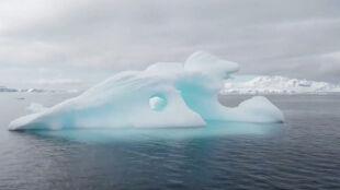 1,2 biliona ton rocznie. Świat traci więcej lodu niż w latach 90. ubiegłego wieku
